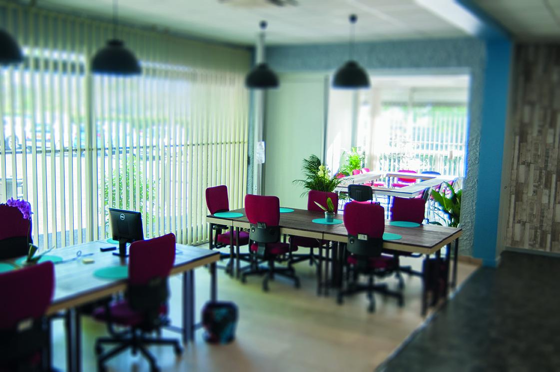 patio 1 atelier d co solidaire. Black Bedroom Furniture Sets. Home Design Ideas
