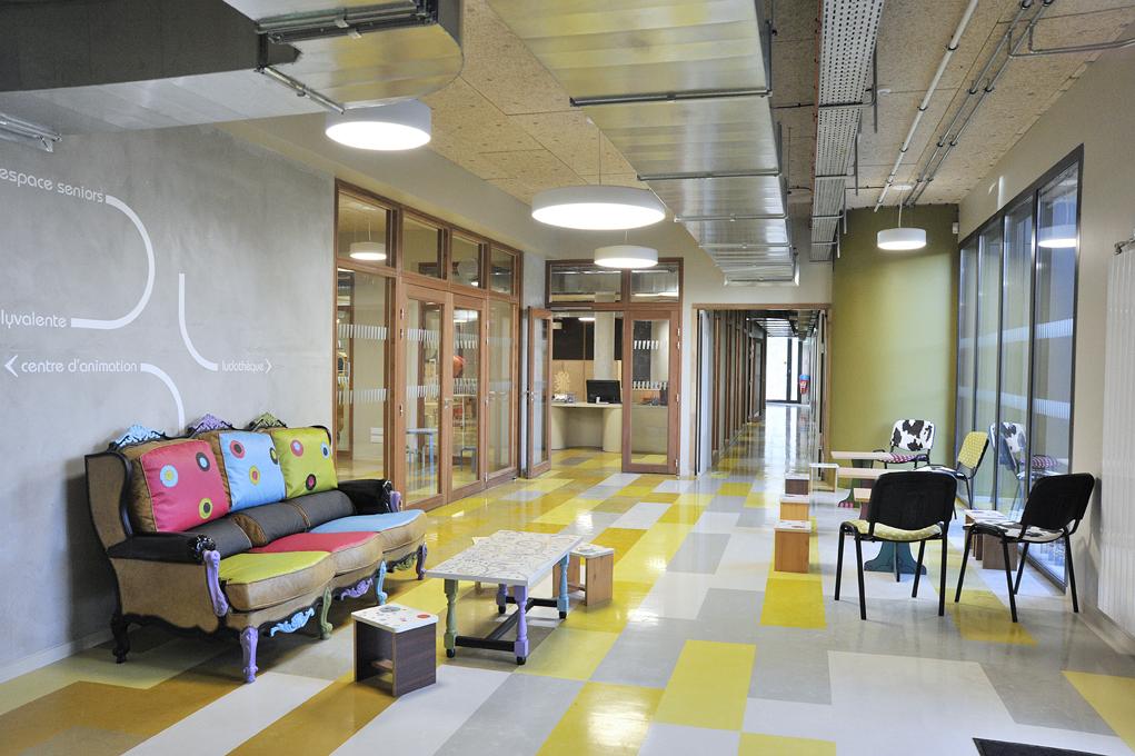 internet 109 atelier d co solidaire. Black Bedroom Furniture Sets. Home Design Ideas